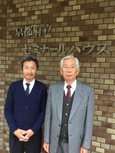 吉田理事長(右)と吉岡さん